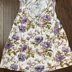 American Eagle sleeveless women's size small shirt